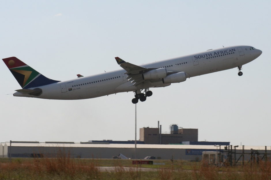South African Airways Airbus A340-313X ZS-SXB airplane picture
