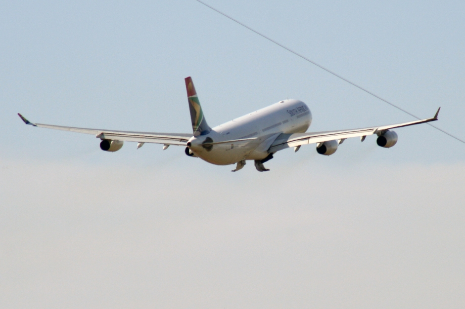 South African Airways Airbus A340-313X ZS-SXB airplane photo