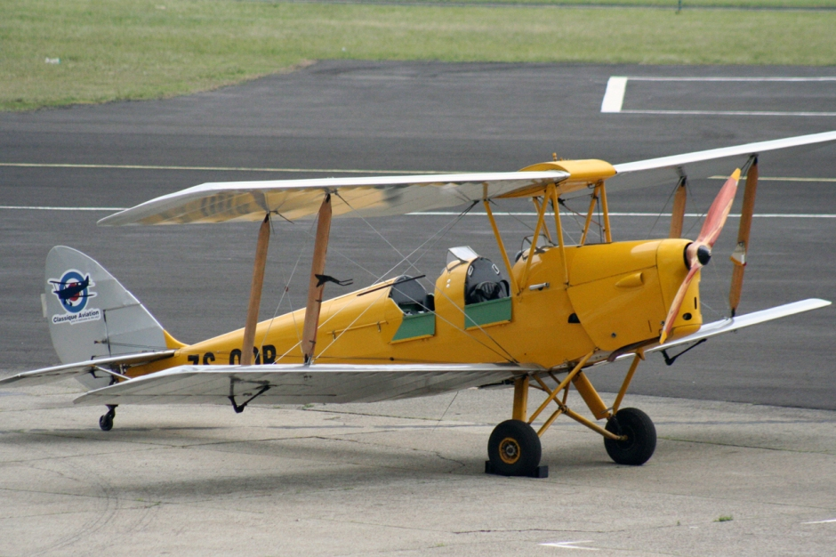 A photo of a De Havilland DH82 Tiger Moth at Rand Airport. The registration is ZS-OOR