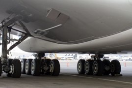 aircraft picture Airbus A380 Landing Gear F-WWOW Los Angeles