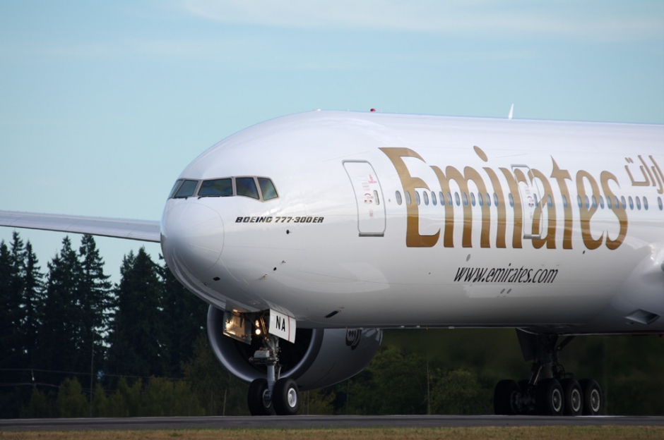 Emirates Boeing 777-300ER airplane photo