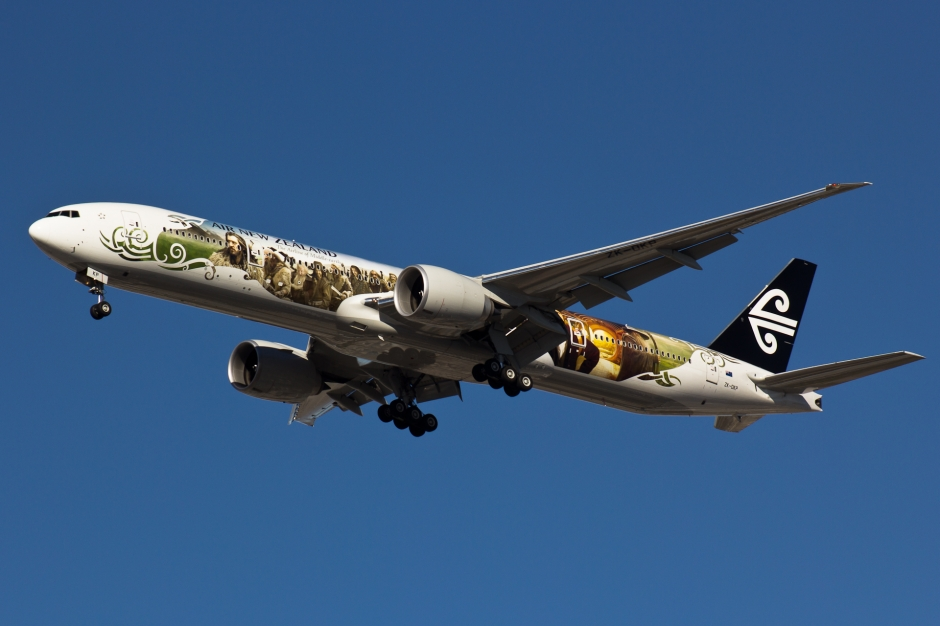Air New Zealand Boeing 777-300ER special livery The Hobbit airplane picture