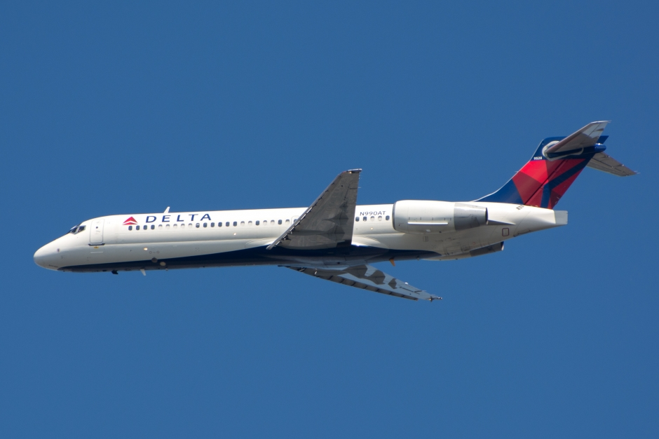 Delta Airlines Boeing 717-23S jet airplane